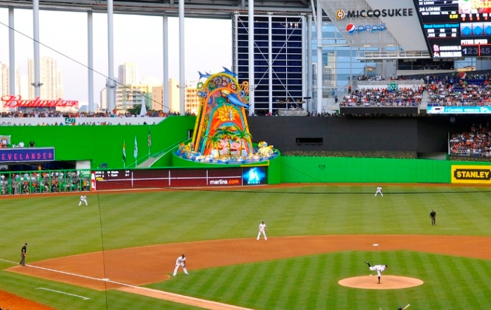 Marlins_First_Pitch_at_Marlins_Park,_April_4,_2012_