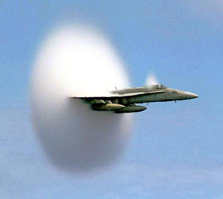 Sonic_boom_cloud