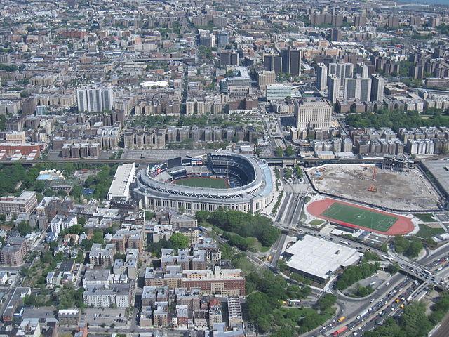 00640px-Yankee_Stadium_001