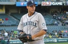 Chris_Young_Mariners_2014